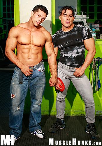 Muscle boys jerk off videos legs are