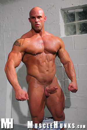 Peter Latz Might Be The Muscleman Of Your Darkest Dreams Hes A Natural